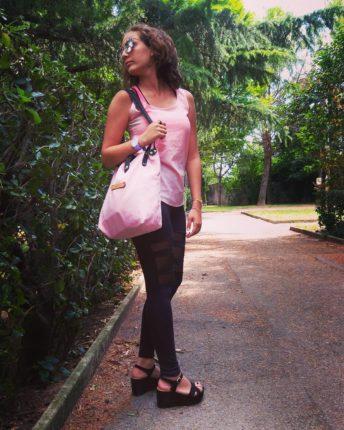 Spostarsi a piedi significa vestirsi in modo comodo e usare scarpe confortevoli. Per questo motivo, visto il tempo ballerino di questi giorni i miei alleati sono i sandali #lewalterine #madeinitaly con #amore! #casualchic #style #modafemminile #moda #modella #photographer #shoot #outwear #fashionbloggeritaliana #fashionforall #fashion #bloggeritalia #trendytips #instafashion #atrendyexperience #vogue #glamour #igers #fashionph #insettoamaroORIGINALS #borsechedurano #eyebside #zaful #OPSOBJECTS #outdoor #passeggiata