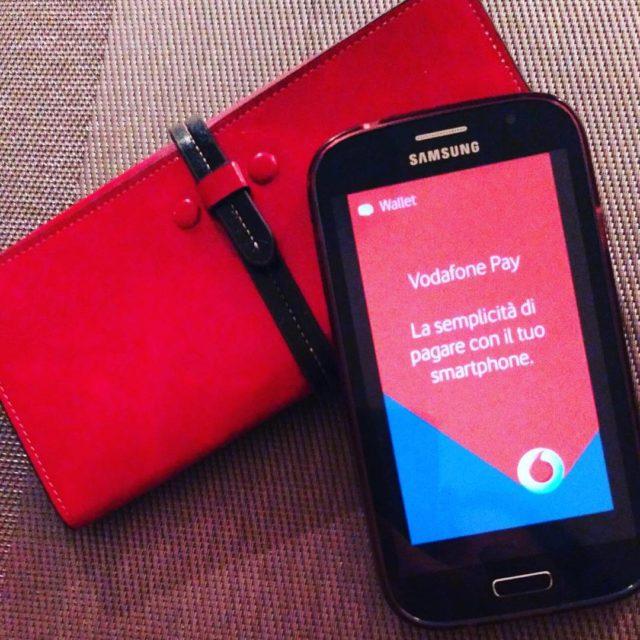 Da oggi basta portafoglio quando faccio shopping lo smartphone pagherhellip