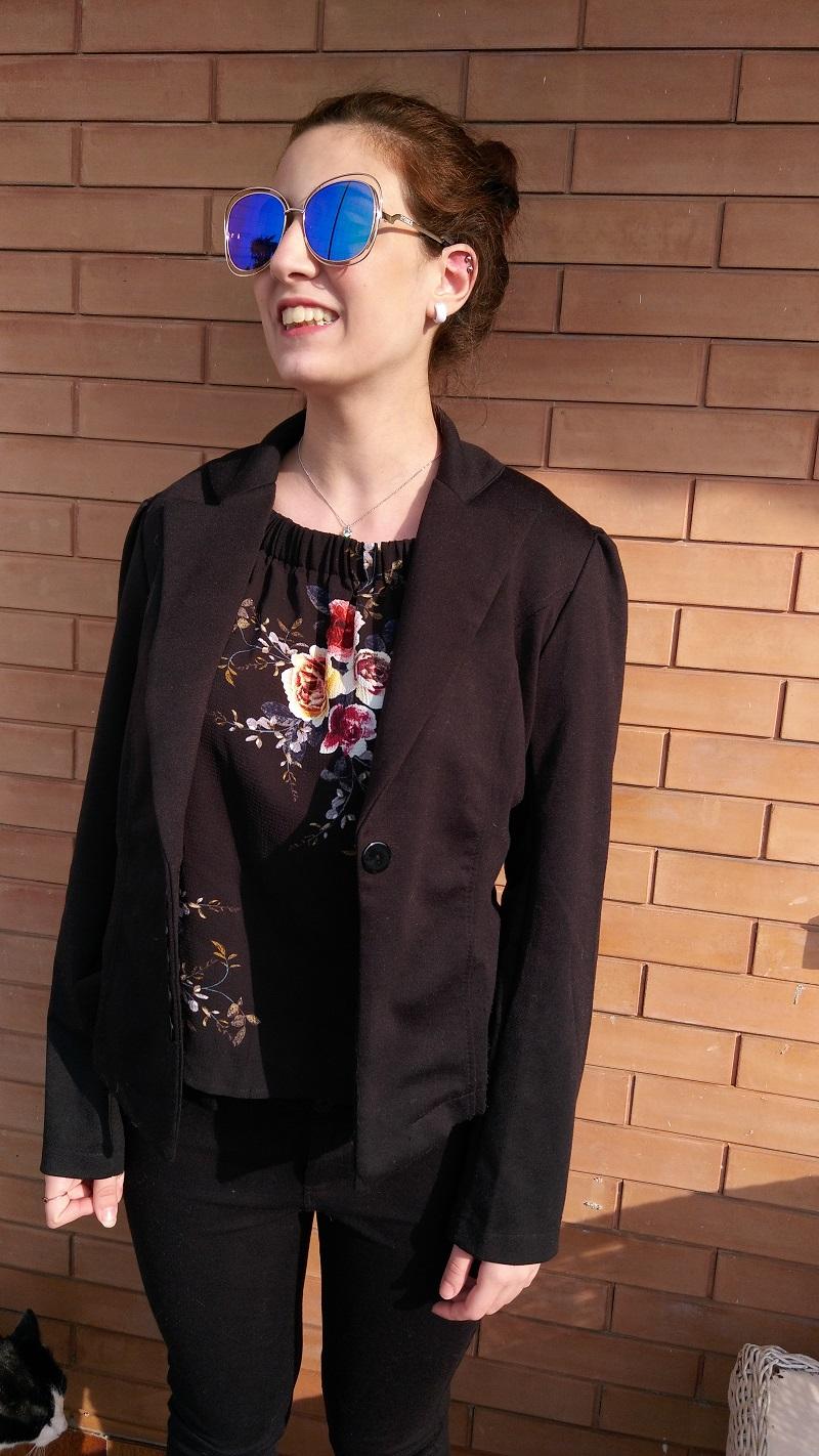 come abbinare la giacca nera per un outfit comodo ma trendy