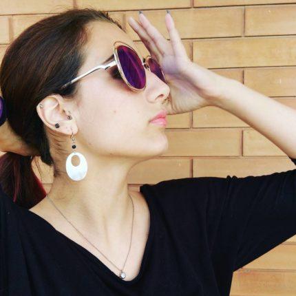 Anche i dettagli fanno la differenza #picoftheday #details #fashiondetails #fashionaccessories #accessori #bijoux #sunglasses  #orecchini #chicnet  #occhialidasole #eyebside  #instafashion #instajewels #fashiongram #fashionista #fashion #moda #accessorimoda #orecchinipendenti #madreperla #shoot #atrendyexperience #fashionblogger #italianfashion #italianfashionblogger #igers #model #italianmodel #modella