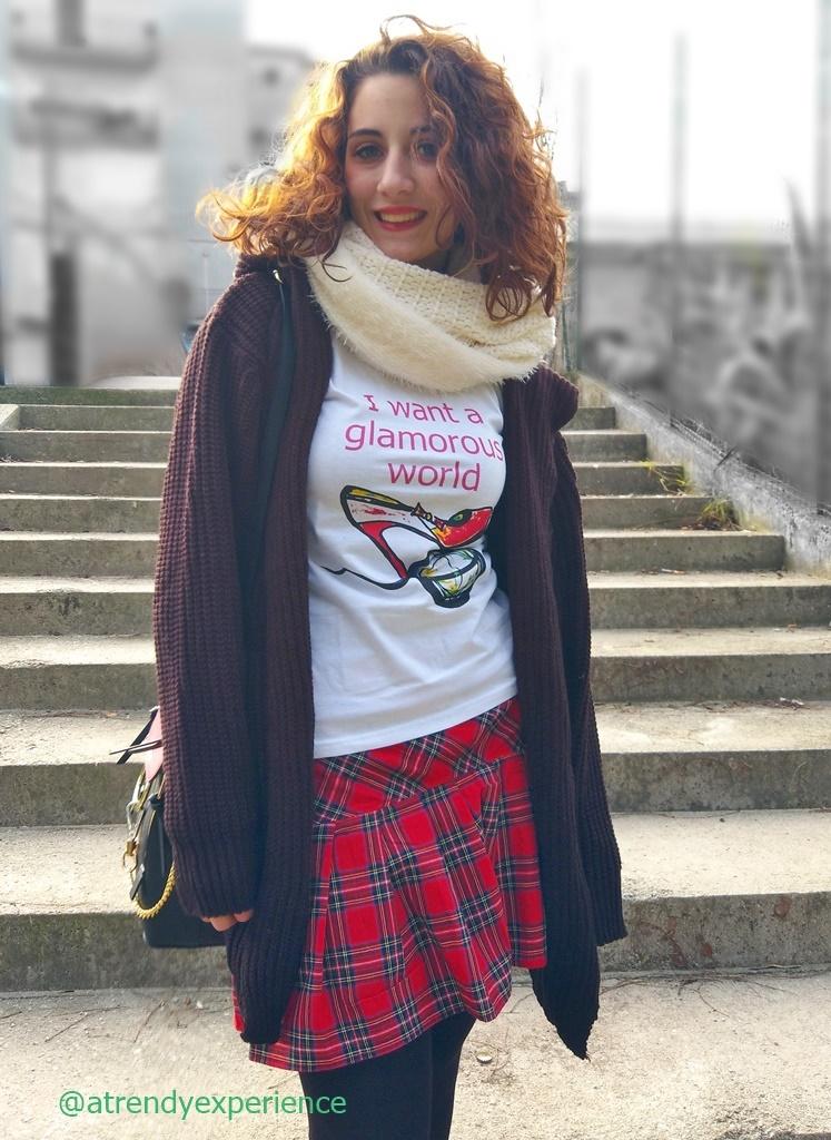 La t-shirt slogan di Maiko Gordani