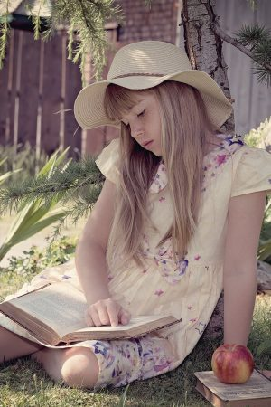 child-girl-read-learn-159556