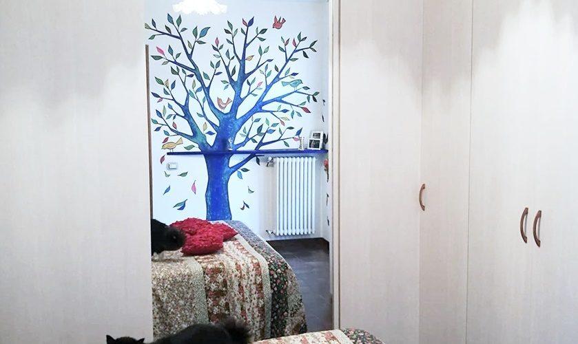 Come decorare una parete con la pittura murale