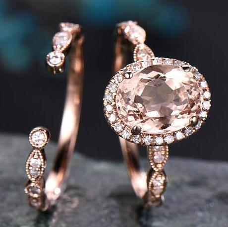 anello in morganite e oro rosso