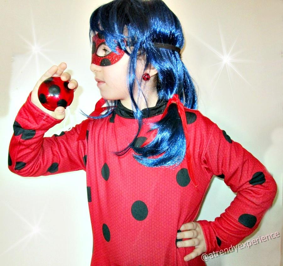 Miraculous Ladybug Orecchini a Clip e Yo-Yo Rosso Nero Gioco per Travestimento