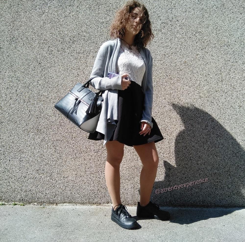 8d4104d0fb come abbinare abito di pizzo e sneakers - A Trendy Experience