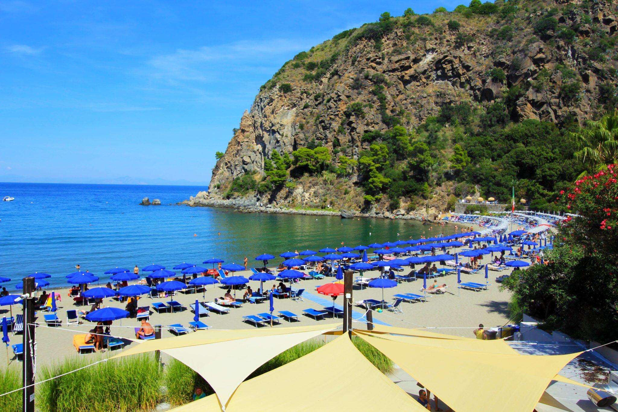 spiagge e hotel per famiglie isola di ischia