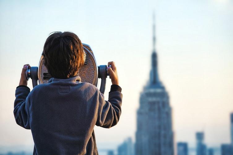 Come vestire un bambino per visitare una città d'arte tutti i consigli