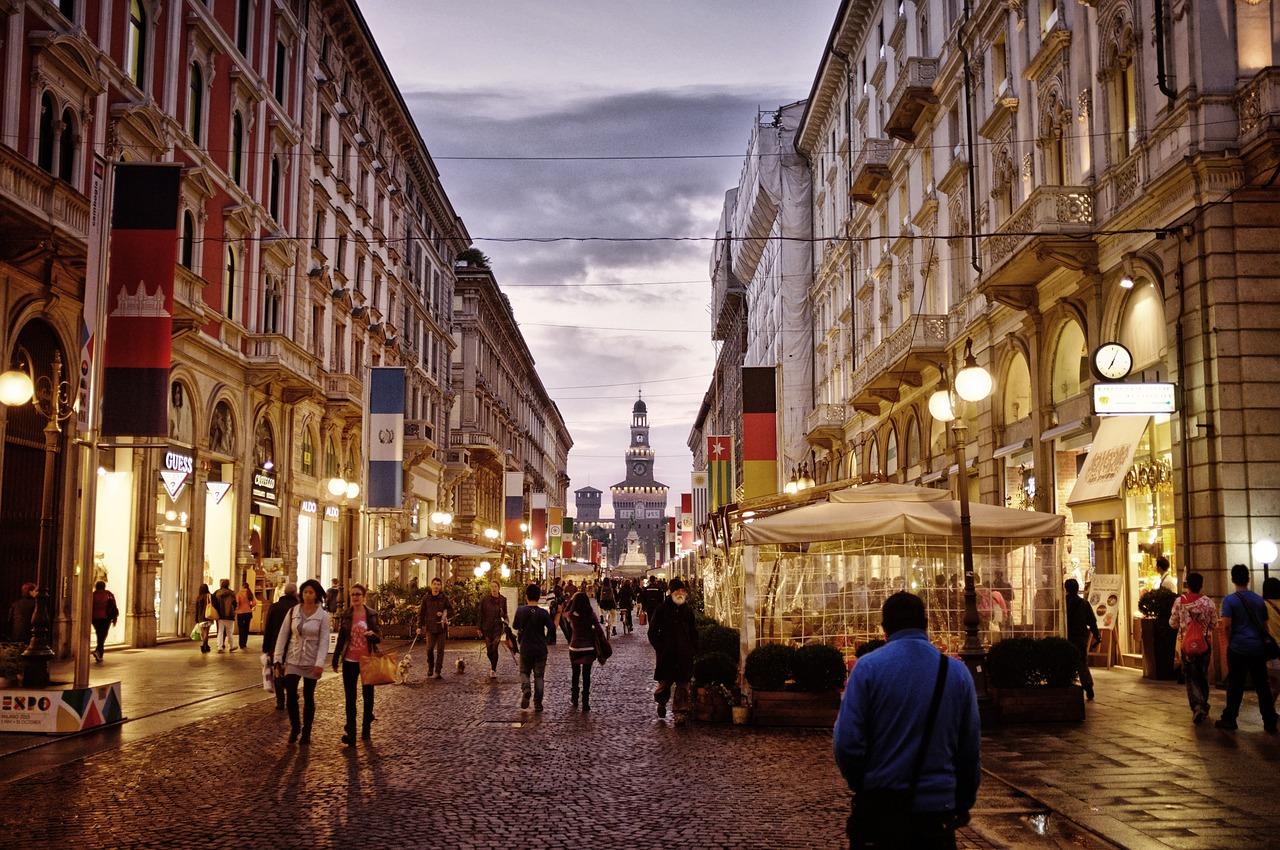 via centrale di Milano