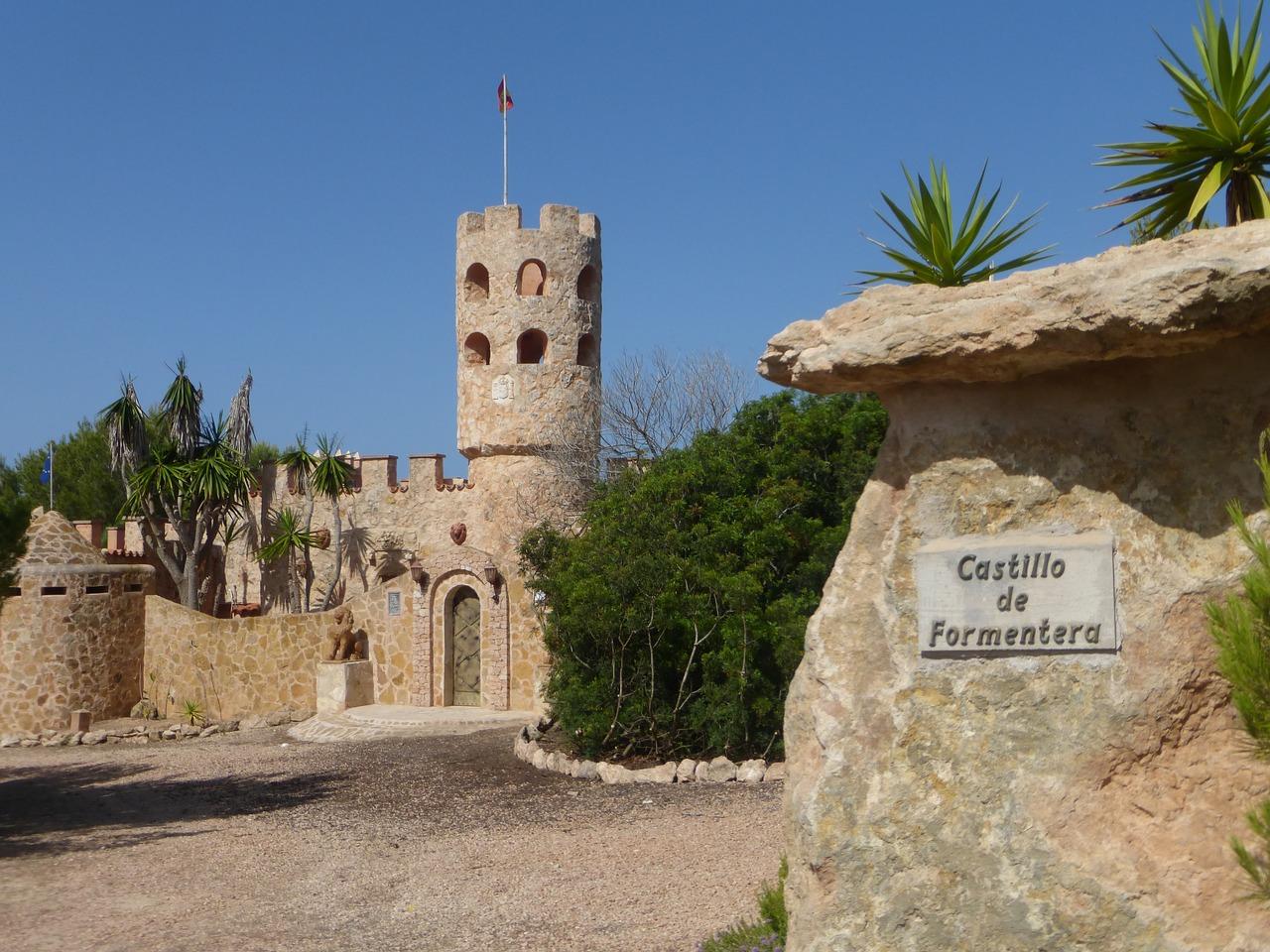 baleari spagna castello di formentera