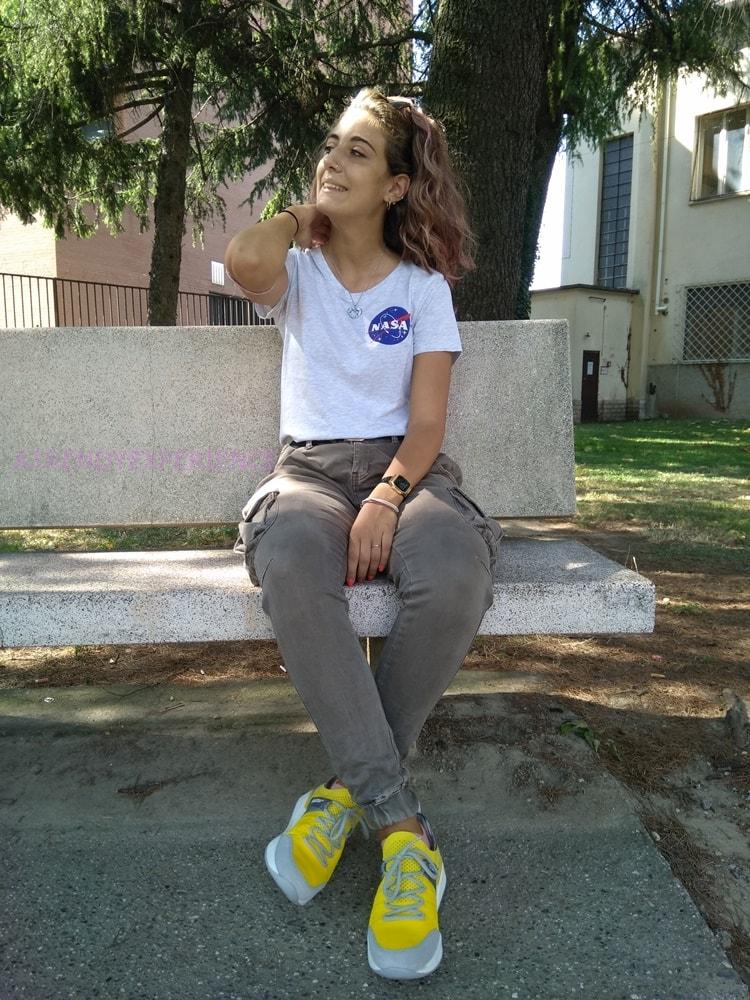 t.-shirt con logo NASA H&;M a maniche corte