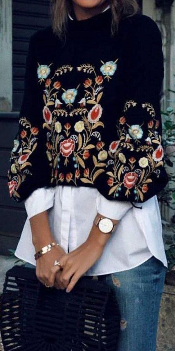camicia lunga bianca con maglione corto