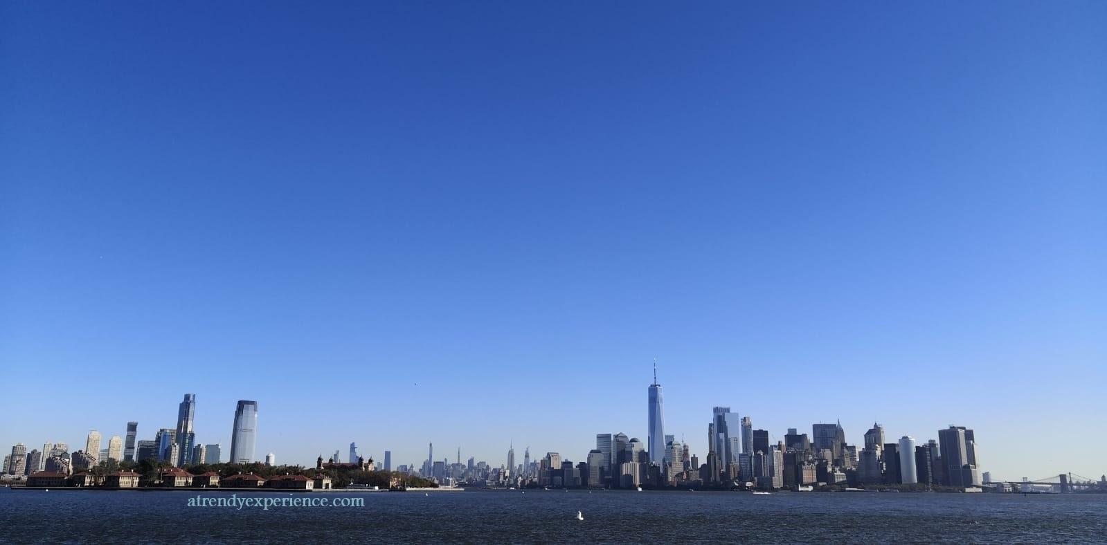 Slyline di Manatthan New York di giorno