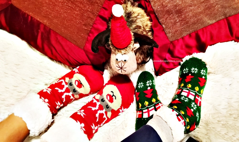 Tendenze Moda: Calzettoni Natalizi idea regalo per un caldo Natale