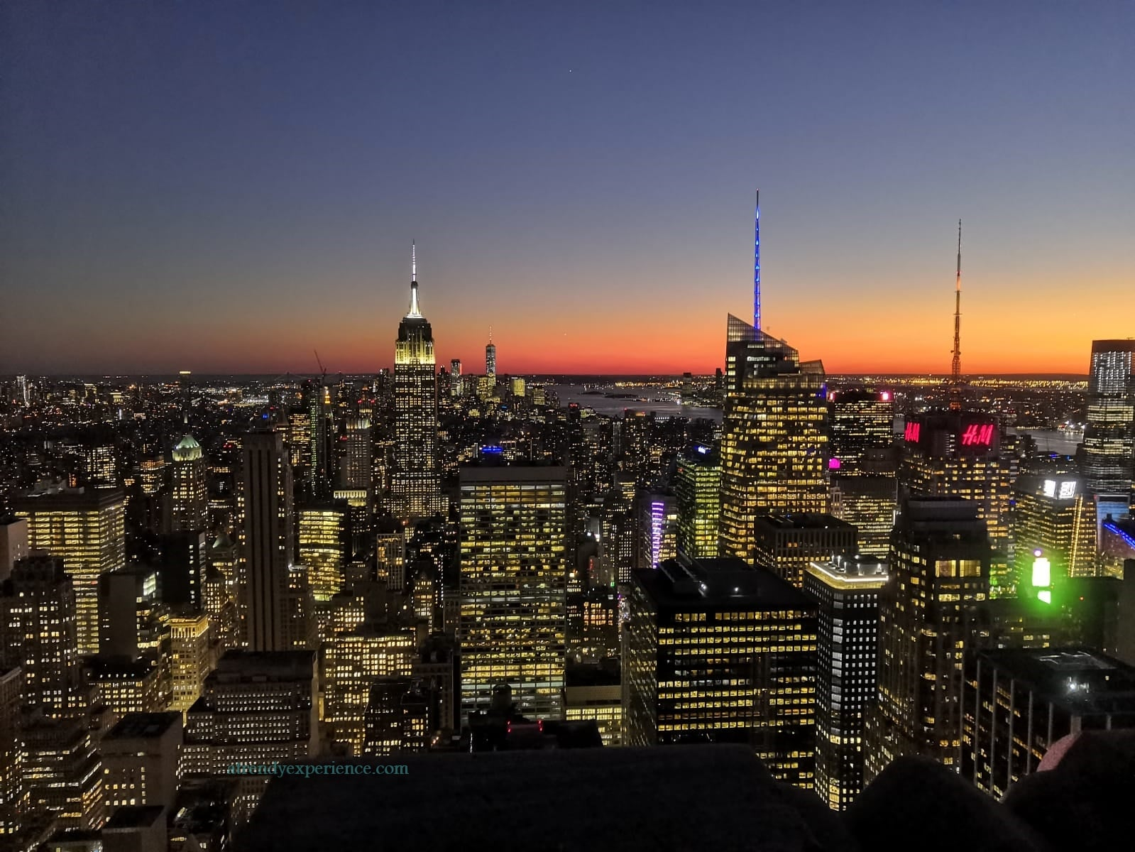 tramonto a New York City visto dal TOP OF THE ROCK