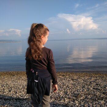 consigli su come vestire un bambino in autunno