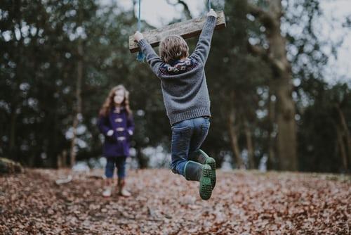 come vestire un bambino in autunno consigli utili
