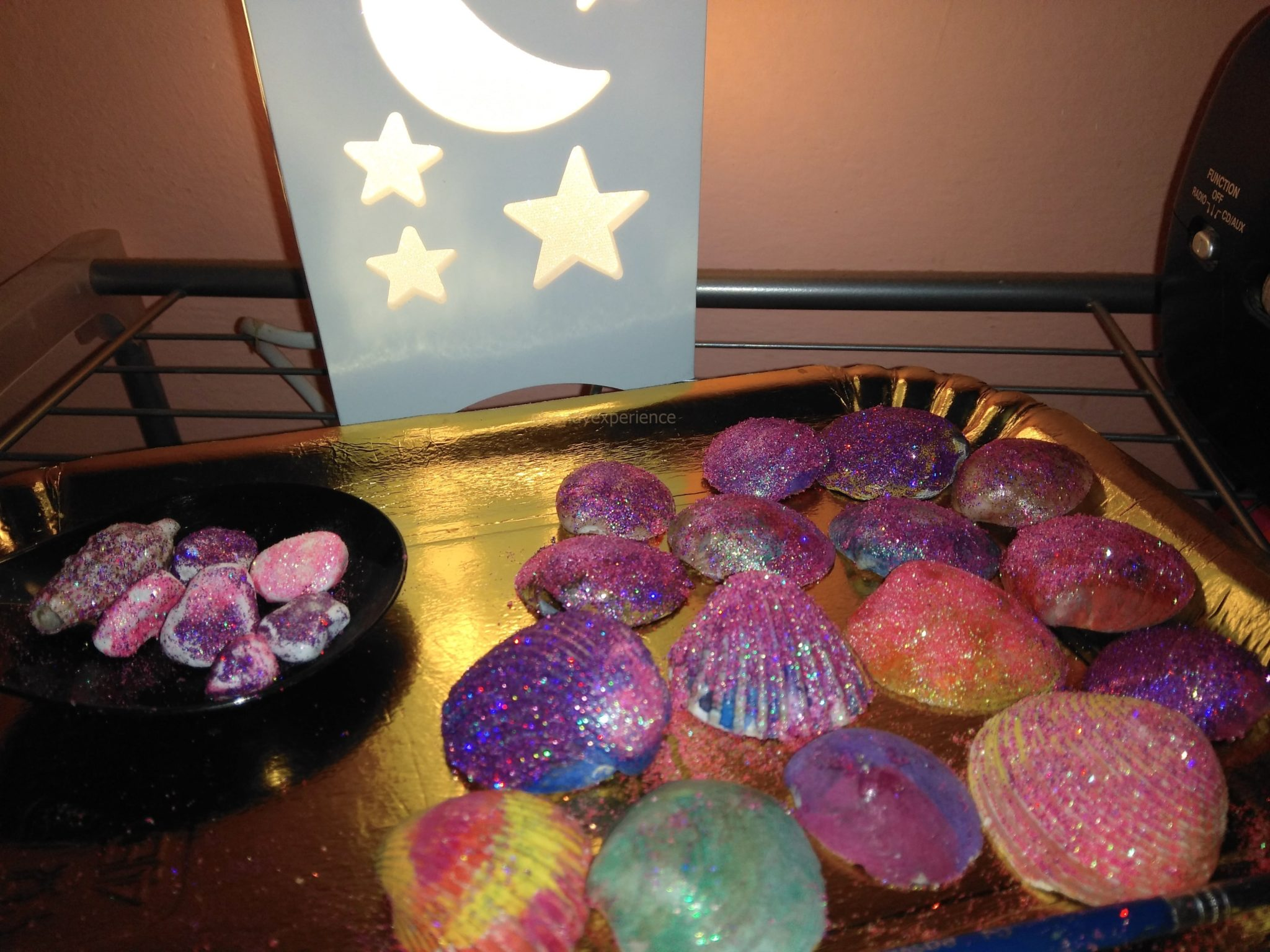 esperiementi coi glitter lisciani