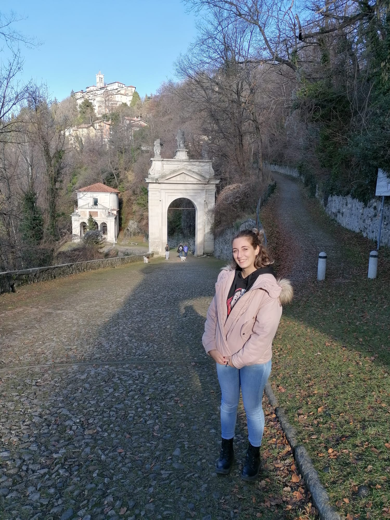 viale delle cappelle sacro monte di Varese