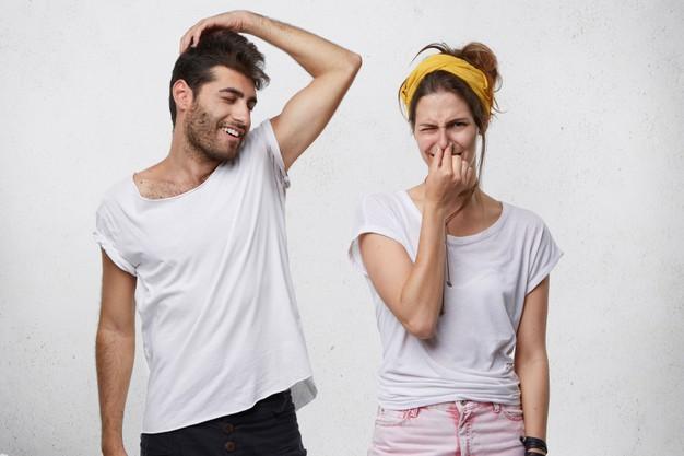 Sudore acido: contrastarlo al meglio con deodoranti specifici