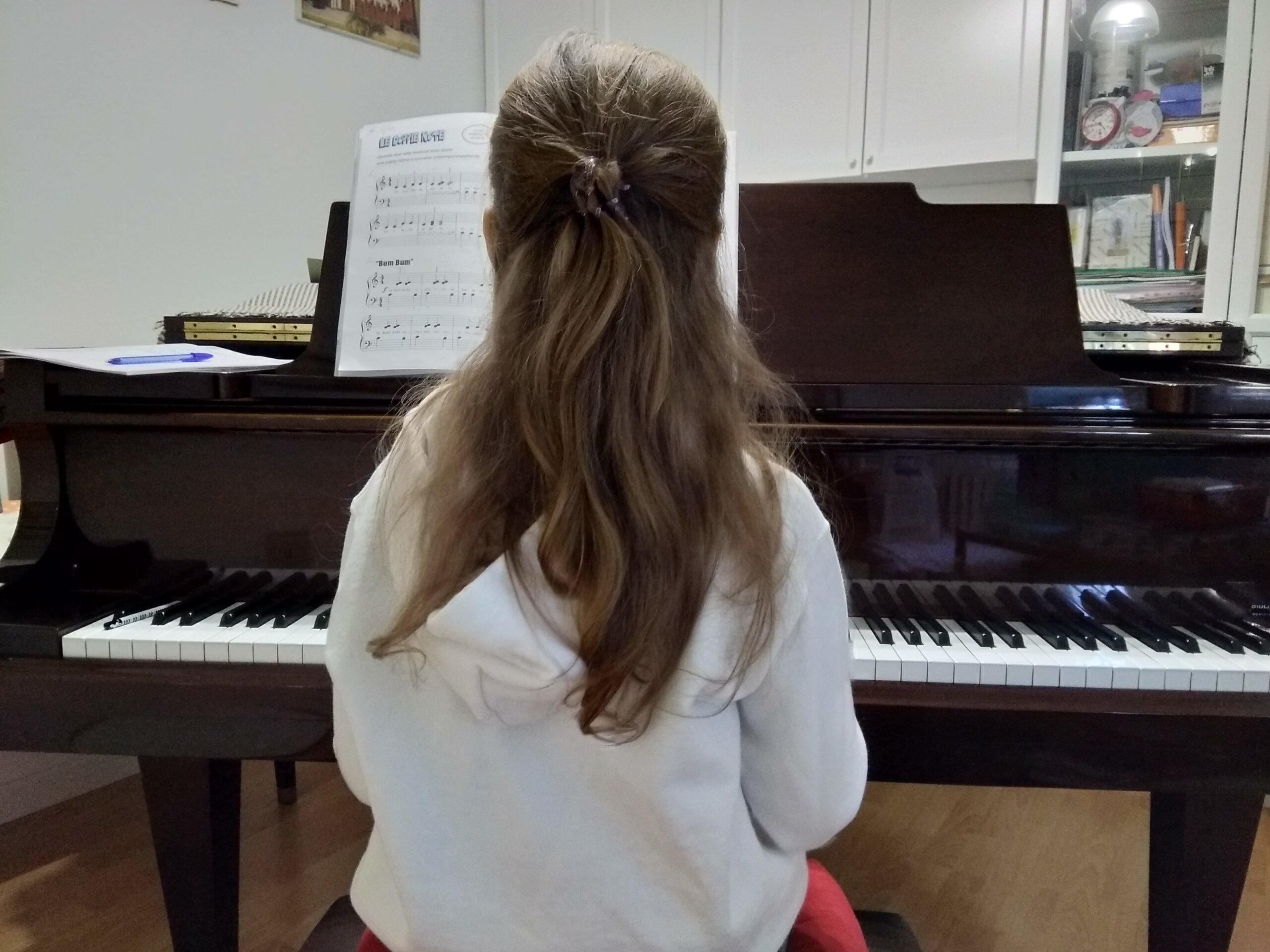 Suonare Il Pianoforte Per Bambini