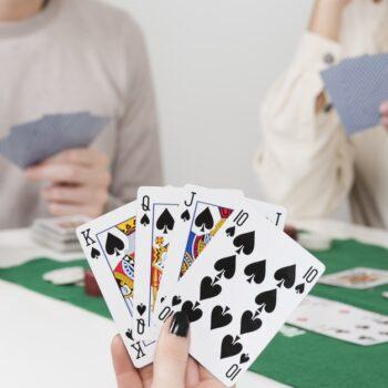 giochi con le carte per famiglie