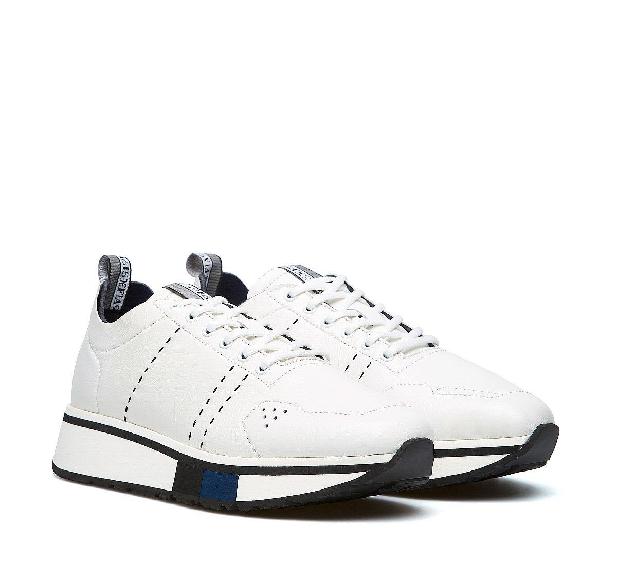 modello sneakers bianche new fabi