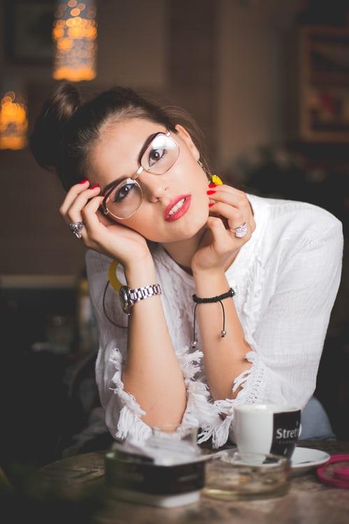 occhiali da vista alla moda