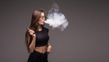sigaretta elettronica cosa contiene e cosa è