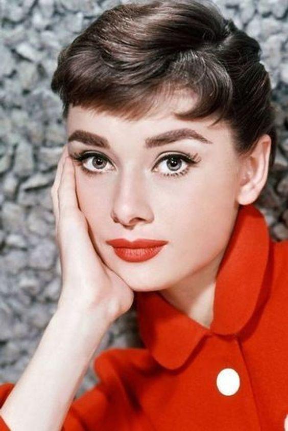trucco anni 50 Audrey Hepburn