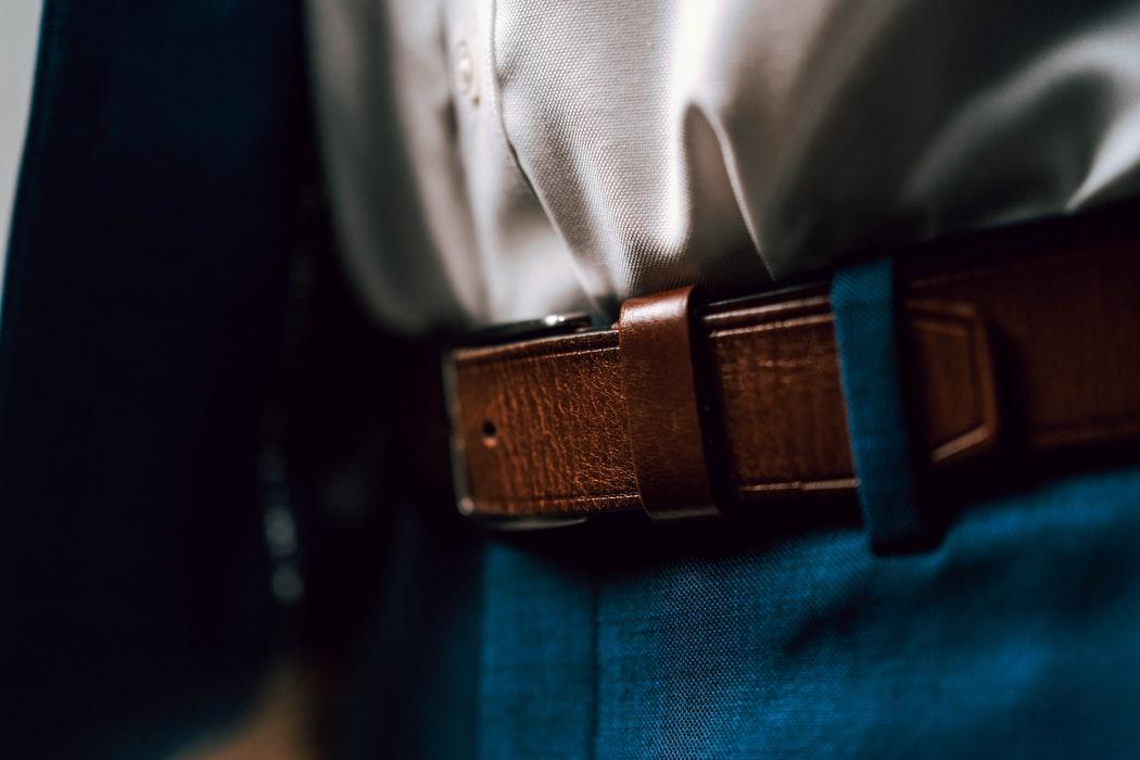 come scegliere la cintura da uomo tutti i suggerimenti e guida alle taglie