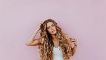 come aumentare il volume dei capelli con extension e capelli umani