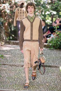 Fendi tendenze moda primavera estate 2021 moda uomo