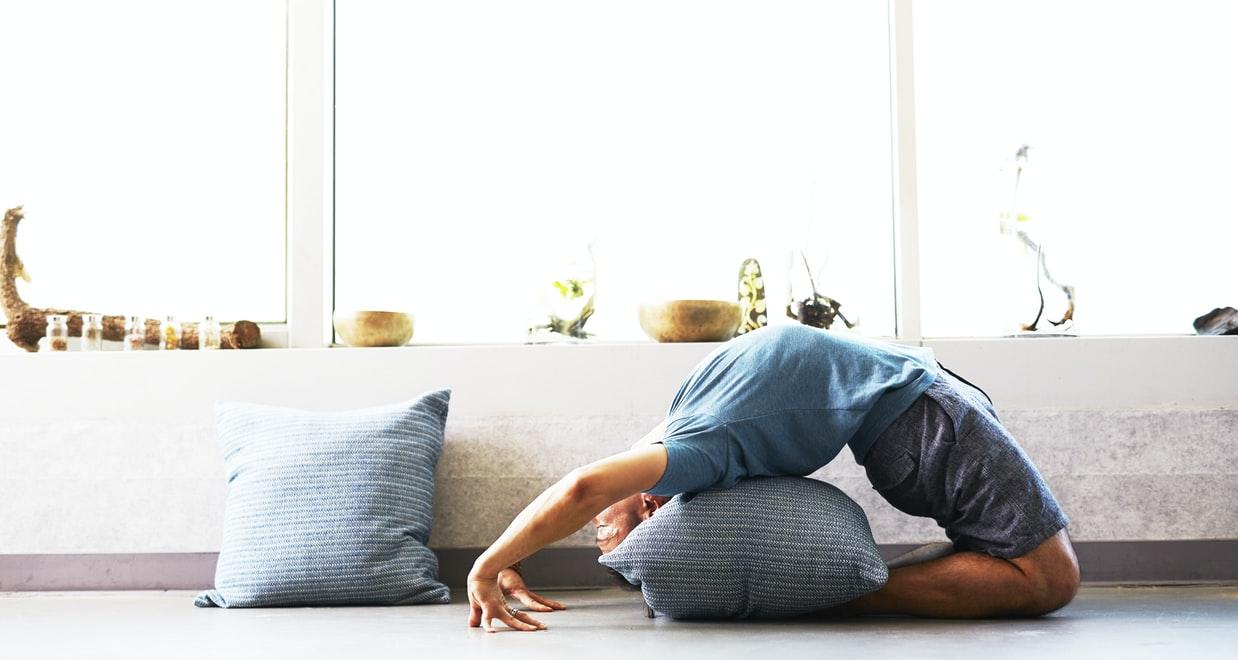 Come diventare più alti con l'allungamento della colonna vertebrale