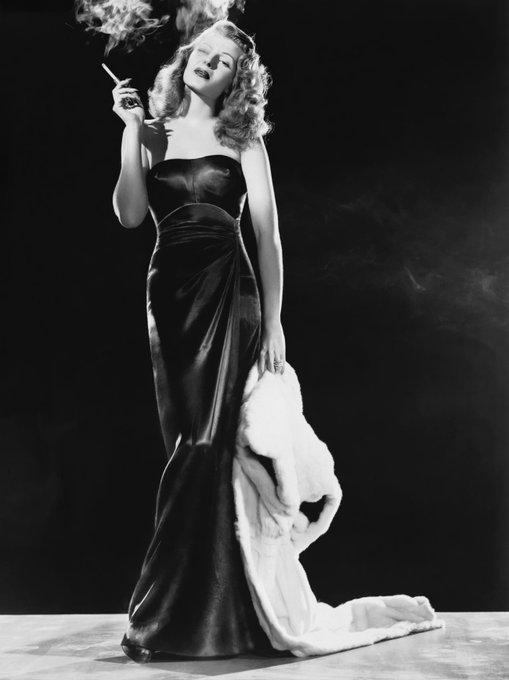 le icone di bellezza anni 40 rita hayworth