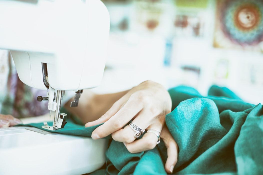 Investire in una macchina da cucire: le aspettative