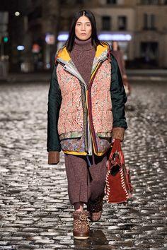 tendenze moda donna autunno inverno 2021 2022 Chloè