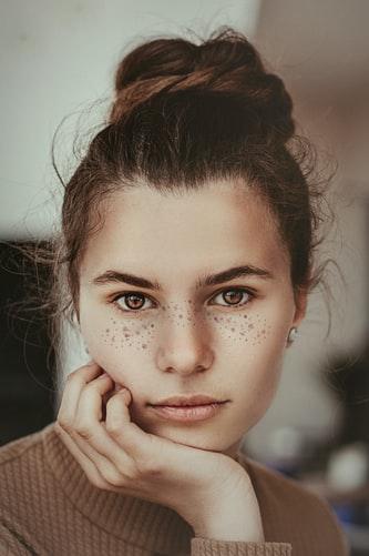 freckling tatuaggio lentiggini