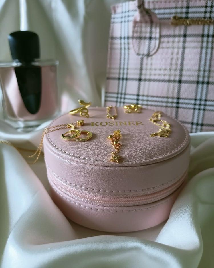 Galateo dei gioielli quanti, quali e quando indossare i preziosi