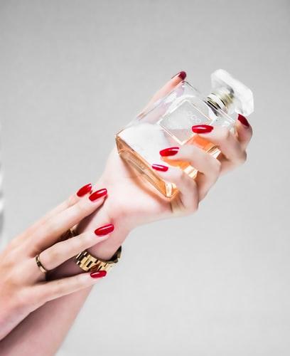 Forma delle unghie rispetto alla tipologia di mani