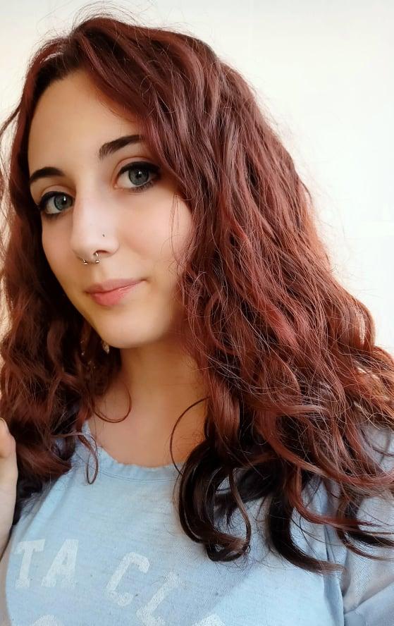 Come rendere perfetti i capelli mossi belli con pochi semplici accorgimenti