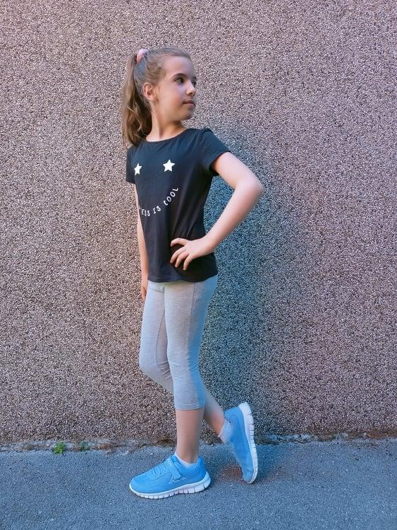 Come vestire un bambino in estate la scelta delle calzature estive