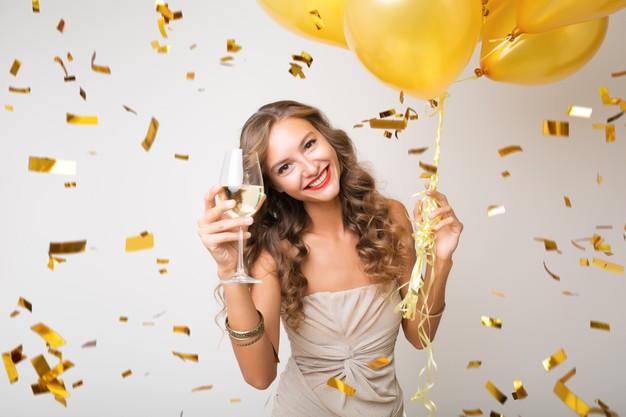 Trucco Invitata Cerimonia: Il Modo Per Non Sbagliare Il Proprio Look