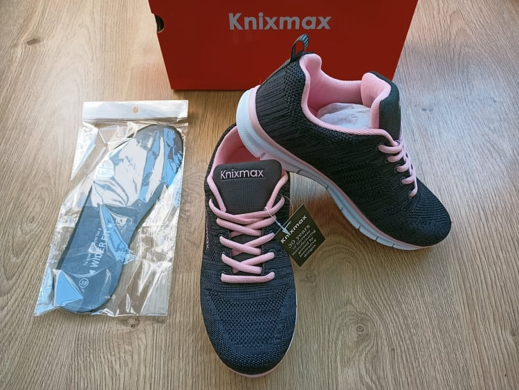 calzature modello Women's Knit Trainer Knixmax