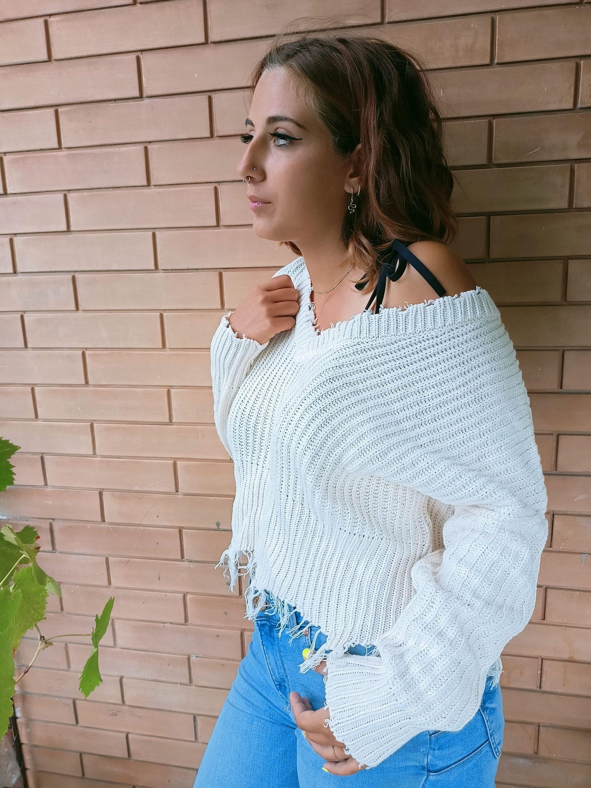 La maglieria moda ragazza per i mesi freddi