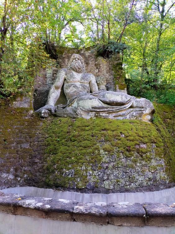 Parco dei Mostri Bomarzo il percorso e le sculture