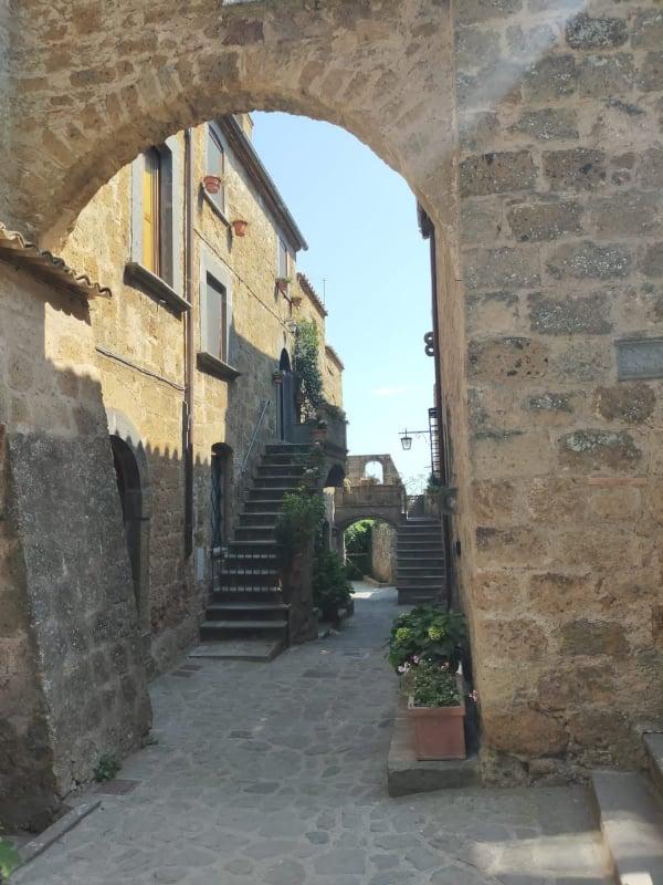 Civita di Bagnoregio il borgo e curiosità