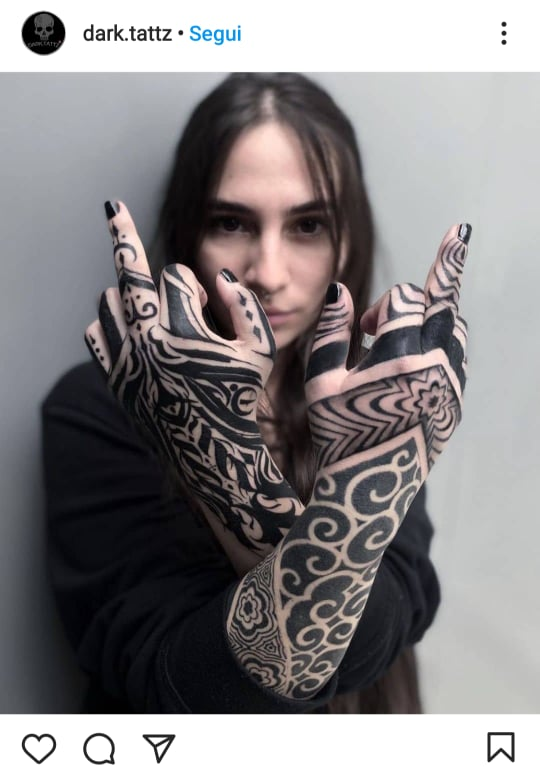 tattoo tribale mani e dita